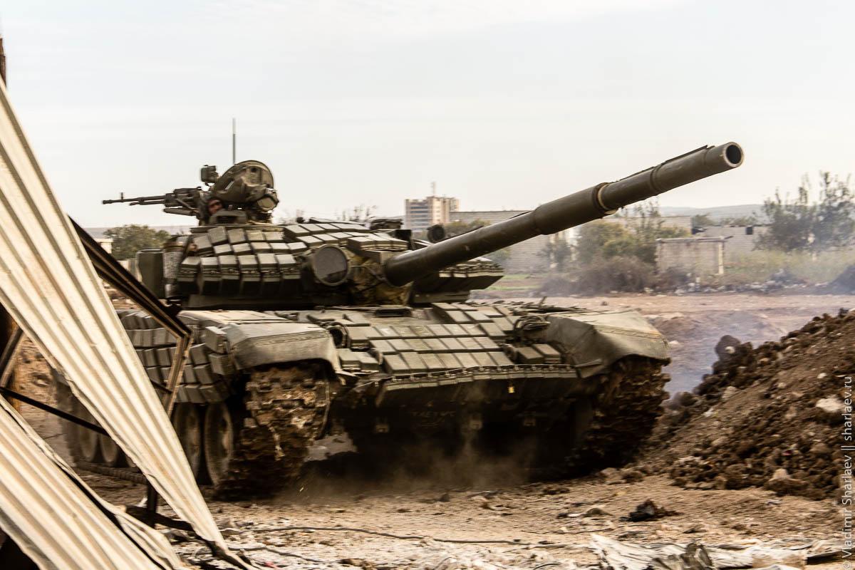 Сирия. Работа танка по снайперам.