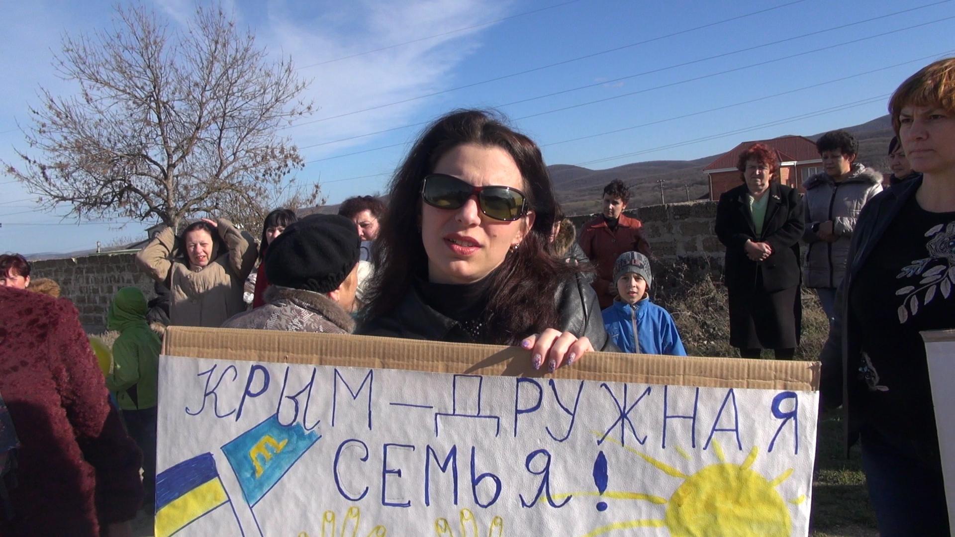 Крым: Митинг татар в Старом Крыму